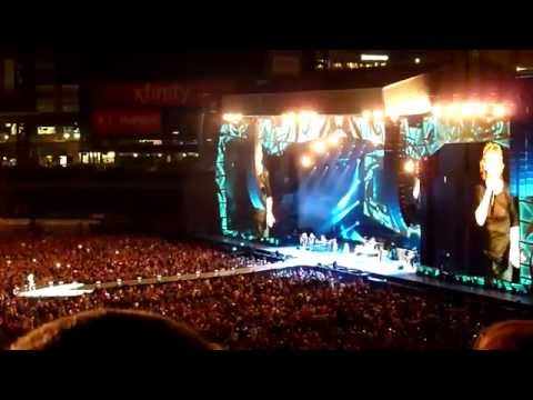 The Rolling Stones - Tumbling Dice (live) At Comerica Park In Detroit, MI On 07.08.15