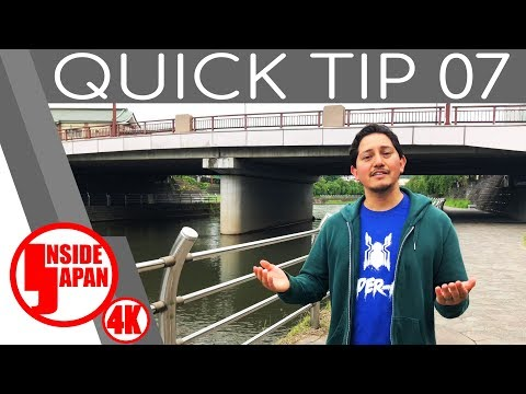 Eating or Drinking While Walking Quick Tip #07