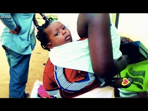 How-to carry your baby (African style!) ... and if the baby falls u must run naked!