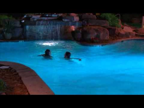 Troy and Gabriella in the pool