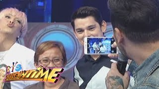 Video It's Showtime: Vice and Anne as photobombers download MP3, 3GP, MP4, WEBM, AVI, FLV Juni 2017