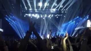 "Beyoncé - ""I Will Always Love You"" & ""Halo"" (live in Belgrade)"