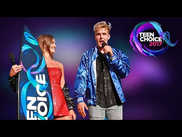 SHE SURPRISED ME WITH 2 TEEN CHOICE AWARDS
