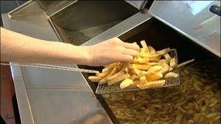 Fish Frying Skills - Frying Ch…