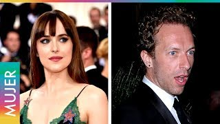 Dicen que Dakota Johnson está embarazada de Chris Martin