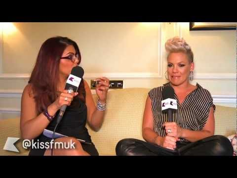Full Pink interview on KISS FM (UK)