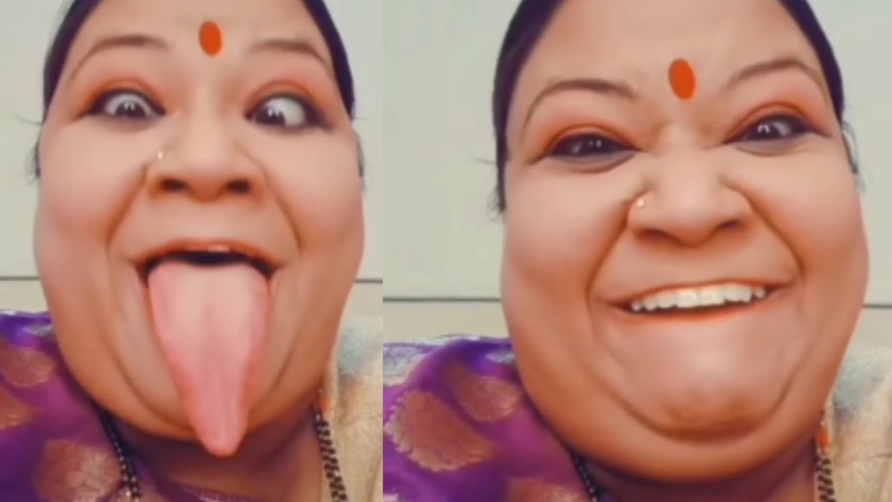 Download World largest tongue / I am kori bany aaaaye / Review