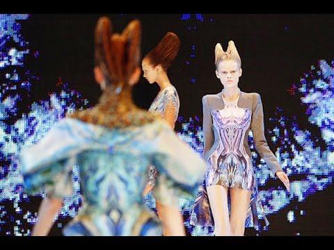 Alexander McQueen   Spring Summer 2010 Full Show   Exclusive
