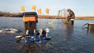 Рыбалка на жерлицы в суровых условиях Зимняя Рыбалка Первый Лед 2021