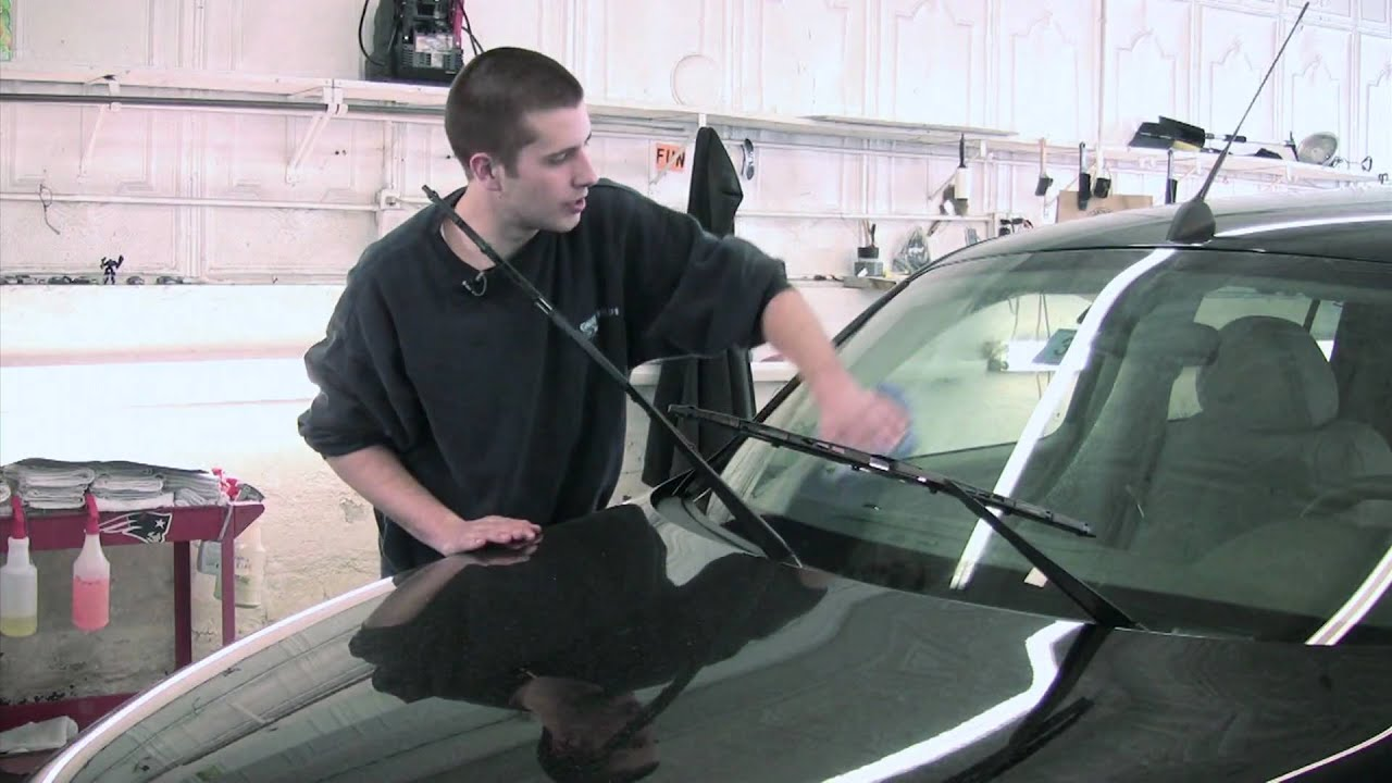 how to get windshield clean without streaks