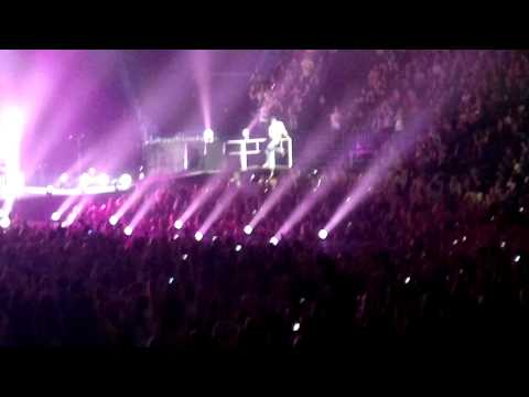 Enrique Iglesias Takin' Back My Love live Helsinki Apr.7.2011