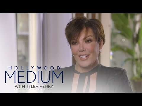 Khloe Kardashian Interrupts Kris Jenner's Reading | Hollywood Medium with Tyler Henry | E!