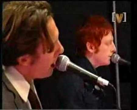 Bluebottle Kiss - Hasten The Blows (Live)