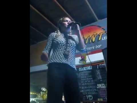 Magic voice in our fantastic karaoke!
