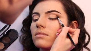 видео Ваш профессиональный макияж