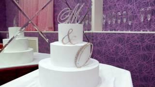 Топпер-инициалы в стразах на свадебный торт https://strazdekor.com.ua/g22669234-toppery-strazah-dlya