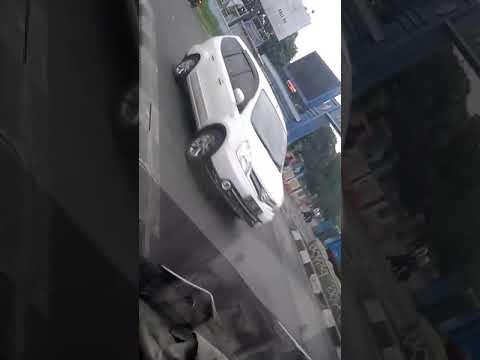 Orang kampung jalan jalan ke kota Bandung😂😂 - YouTube