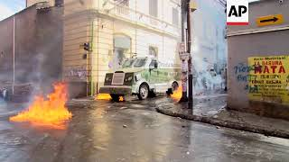 Protesters continue to clash with police in Bolivia