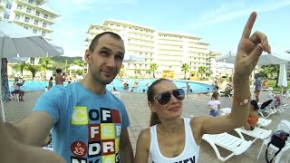 СОЧИ - vlog: НИЩЕНСТВУЕМ ))) ROOM TOUR в отеле Азимут 3* (Azimut Hotels)(, 2015-10-04T18:09:35.000Z)