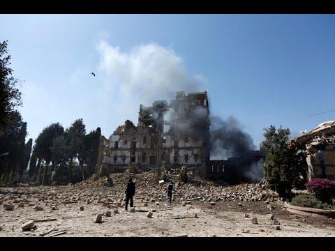غارات للتحالف على تعزيزات الحوثيين بجبهة الساحل الغربي  - نشر قبل 1 ساعة