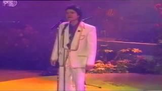 Евгений Осин 8 е марта Hа Восьмое марта дарят всем подарки А тебе я эту песню написал 1993г