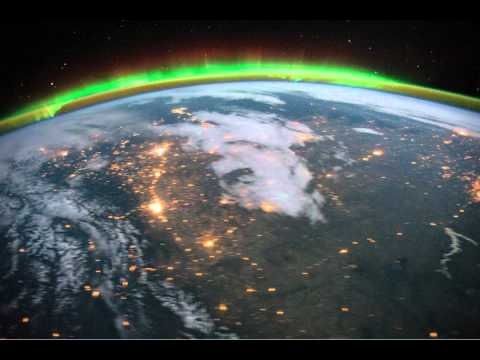 ISS: Aurora Borealis and eastern United States at Night (2011.10.18)