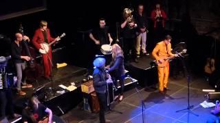 17 HIPPIES - Live in Berlin - Das Entrée - Jovano Jovanke