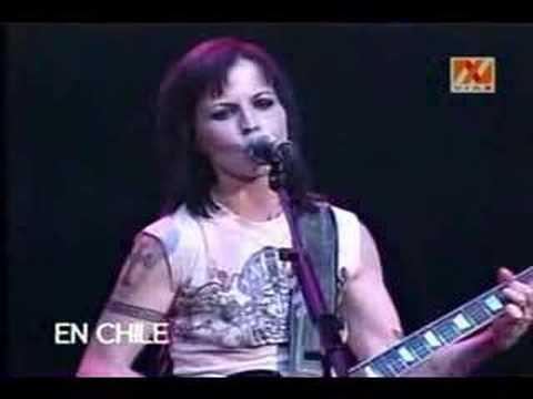 Dolores O'Riordan - Free To Decide (Live in Chile)