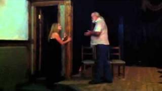 Как надо целоваться на сцене
