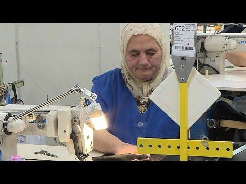 Bulgarian Textile Workers Demand EU-wide Minimum Wage