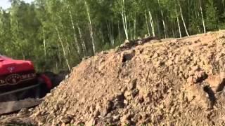 На трассе «Комсомольск — Хабаровск» в пиваньскую яму провалился автобус