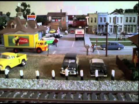electric train sets for kids youtube. Black Bedroom Furniture Sets. Home Design Ideas