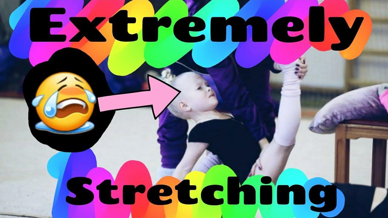 Extremely stretching (CRY) with coach in rhythmic gymnastics 😱😭😭!!!