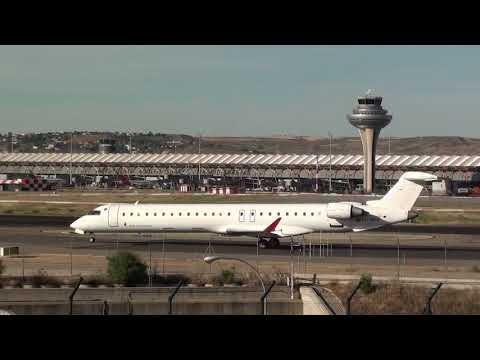 Iberia Air Nostrum Crj-900 EC-MEN Taxing Madrid Barajas LEMD