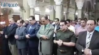 بالفيديو: محافظ الفيوم صلاة عيد الفطر بمسجد ناصر الكبير بمدينة الفيوم