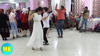 Очень красивая танцы, так хочется танцевать ))))