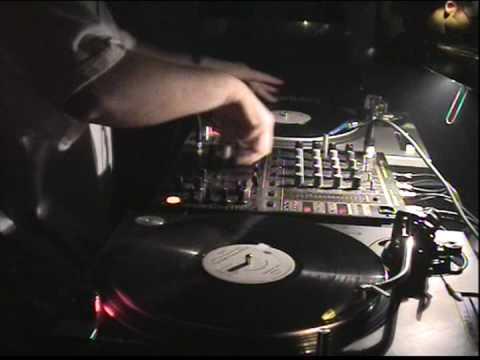 DJ GODFATHER/Database Detroit USA live @ Level 5 Club Lucerne (Switzerland)Oct.04