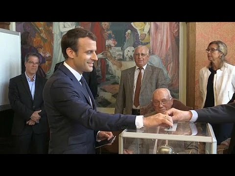 Macron majority? French back at the polls to vote in MPs