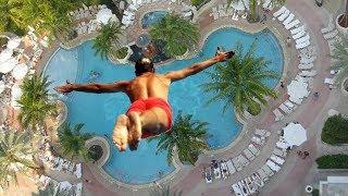 Il a raté la piscine et ça tourne mal... (ʘ_ʘ)