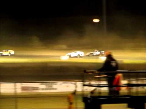 Modified Race- Mineral City Speedway 10-12-12