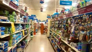 США. Товары для животных в магазине PetsMart. Asheville, North Carolina.(Специально для вас : Магазин для животных. Приносим извинения за качество съемки. Это было незапланированно..., 2014-09-25T04:08:17.000Z)