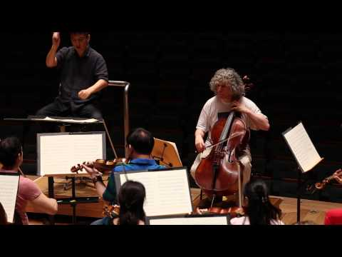 Interview: Cellist Steven Isserlis on Shostakovich