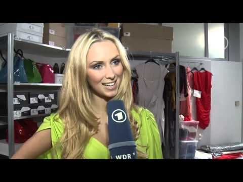 Vivien Wulf sorgt als Model Alice für Wirbel@HD default
