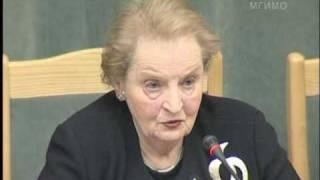 видео: Мадлен Олбрайт в МГИМО