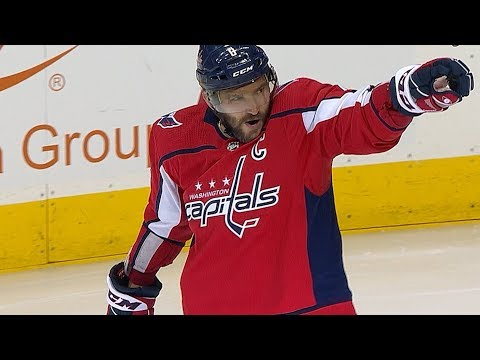 Alex Ovechkin scores twice to pass Bobby Hull on all-time goals list