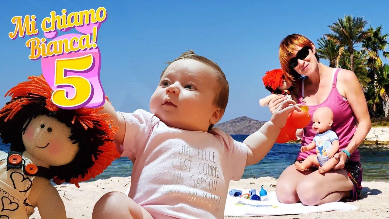 Foto Divertenti Bambini Al Mare video con i giocattoli. giochi per bambini con le bambole. tutti al mare