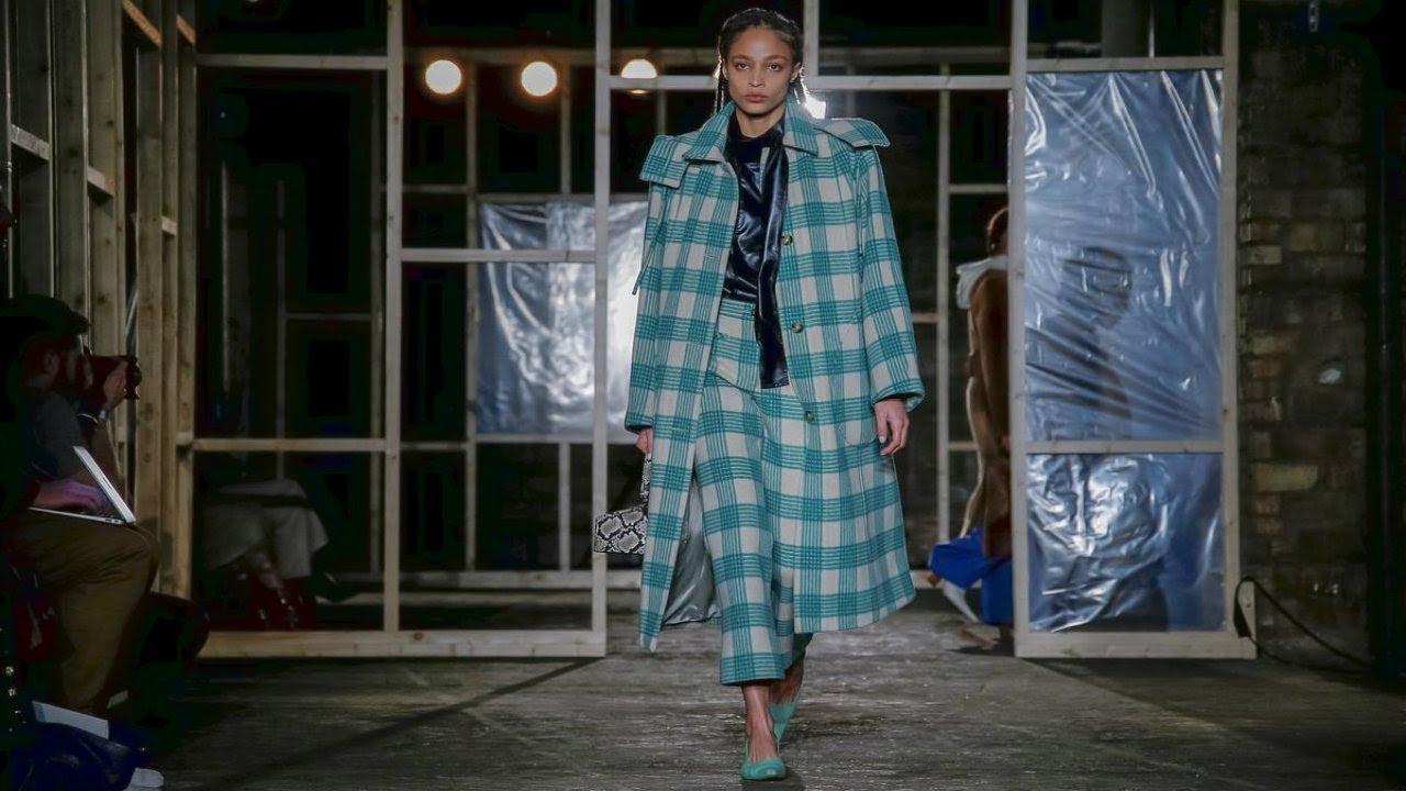 [VIDEO] - Rejina Pyo   Fall/Winter 2019/20   London Fashion Week 7