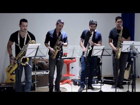 Quarteto Saxology- Eu só quero um Xodó