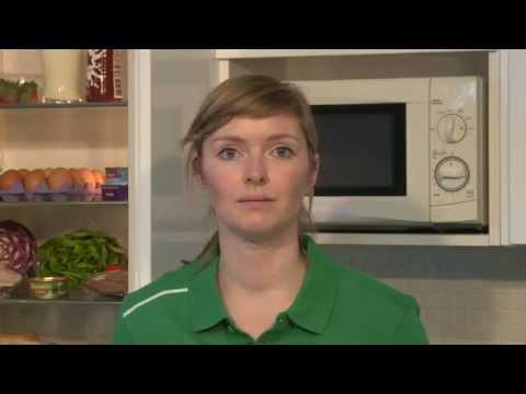 Irish Rugby TV: Nutrition Advice For Parents With Nóra Ní Fhlannagáin