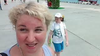 Ялта Массандровский пляж: Цены в кафе, Море в медузах. Аншлаг на пляже в конце Июня. Отдых в Крыму.
